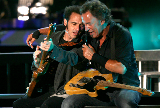 Guitar School with Nils Lofgren