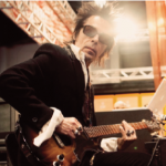 Earl Slick: Ultimate Rock Guitar Sideman.