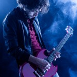 7 Ways to Improve Your Stage Presence as a Guitarist