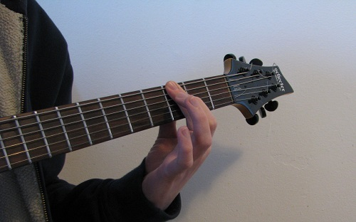 Easy Power Chords Played with One Finger