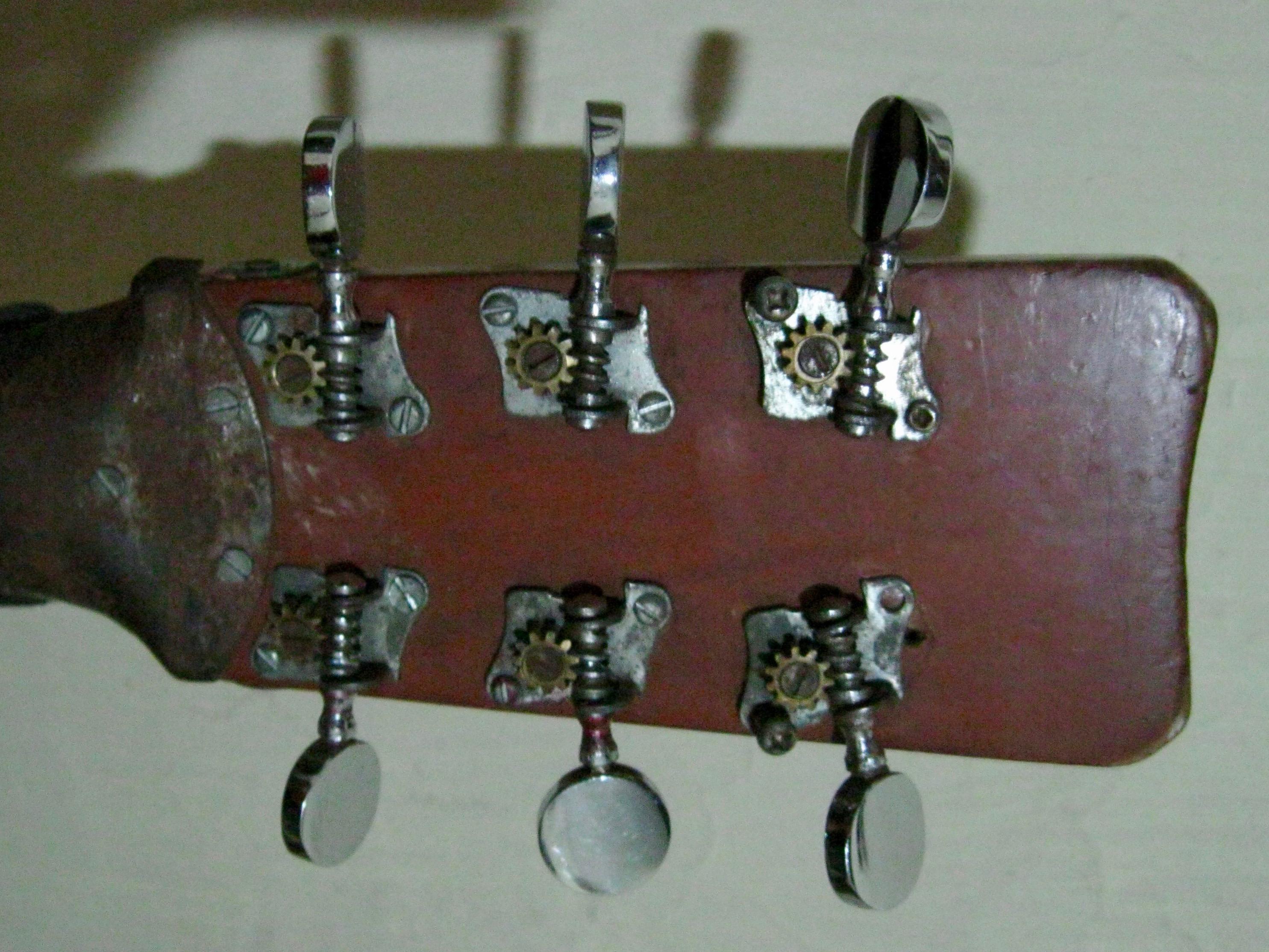 Guitar Maintenance 101: Tuning Machines